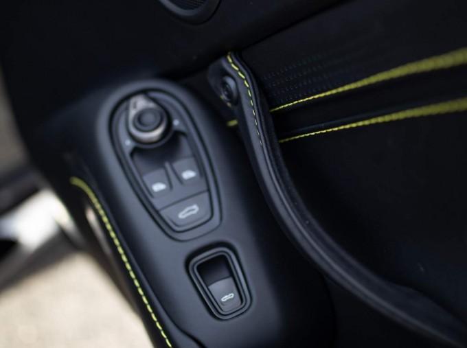 2021 Aston Martin V8 Roadster Auto 2-door (Black) - Image: 13