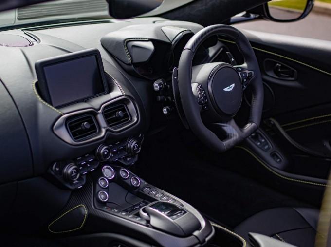 2021 Aston Martin V8 Roadster Auto 2-door (Black) - Image: 14
