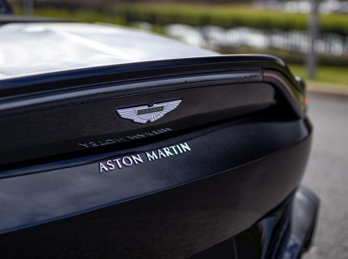 2021 Aston Martin V8 Roadster Auto 2-door (Black) - Image: 28