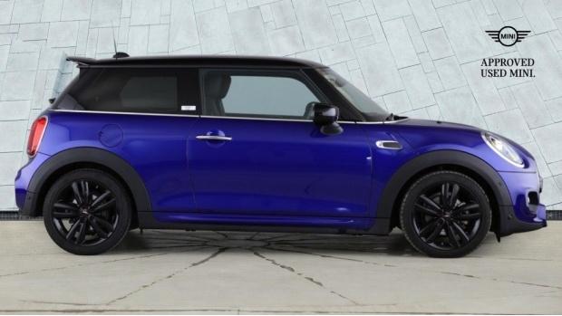 2020 MINI 3-door Cooper Sport (Blue) - Image: 3