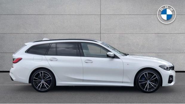 2021 BMW 330e 12kWh M Sport Touring Auto 5-door (White) - Image: 3