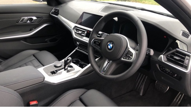 2021 BMW 330e 12kWh M Sport Touring Auto 5-door (White) - Image: 6