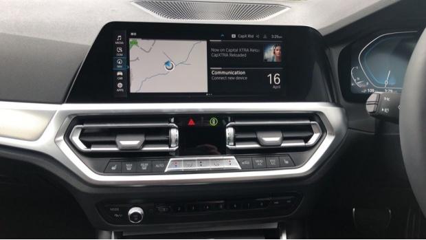 2021 BMW 330e 12kWh M Sport Touring Auto 5-door (White) - Image: 8