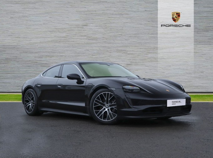 2021 Porsche 93.4kW Performance Auto 4-door (Black) - Image: 1