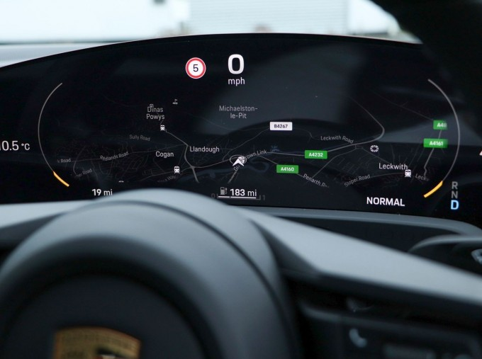2021 Porsche 93.4kW Performance Auto 4-door (Black) - Image: 11