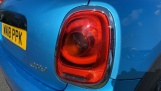 2018 MINI Cooper 3-door Hatch (Blue) - Image: 21