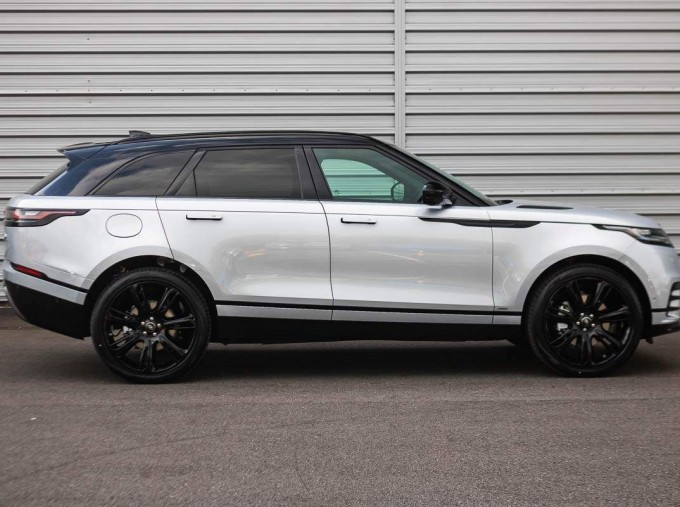 2021 Land Rover D200 MHEV R-Dynamic HSE Auto 4WD 5-door (Silver) - Image: 5