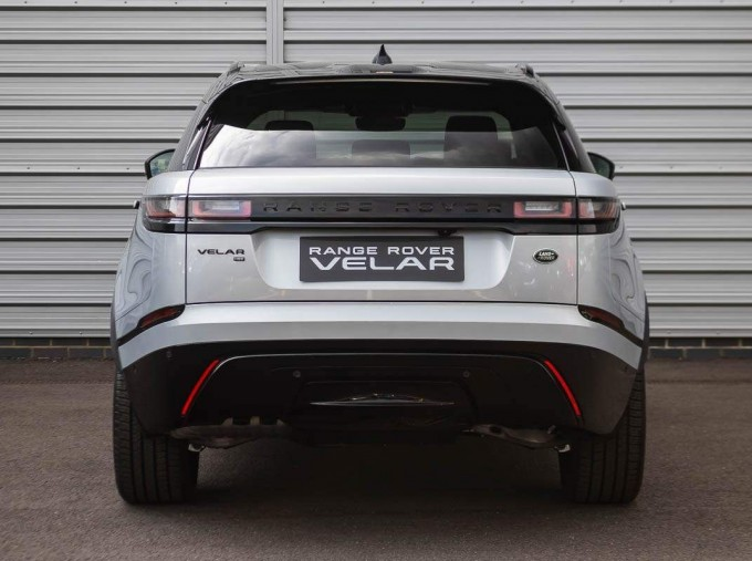 2021 Land Rover D200 MHEV R-Dynamic HSE Auto 4WD 5-door (Silver) - Image: 6
