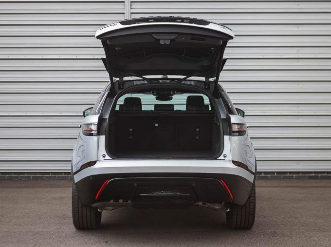 2021 Land Rover D200 MHEV R-Dynamic HSE Auto 4WD 5-door (Silver) - Image: 16