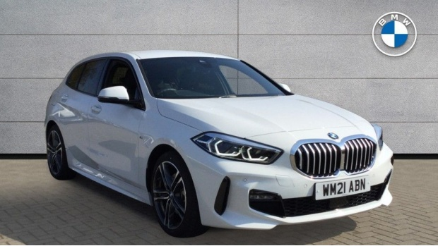2021 BMW 118i M Sport (White) - Image: 1
