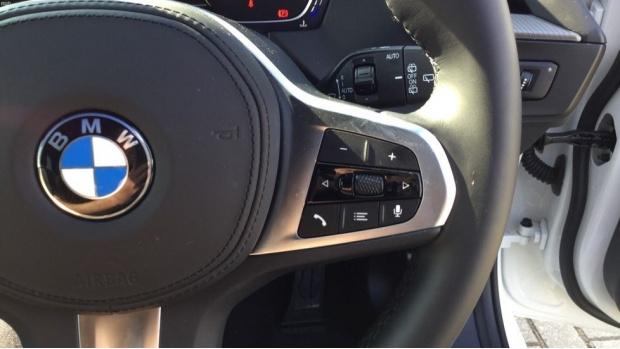 2021 BMW 118i M Sport (White) - Image: 18