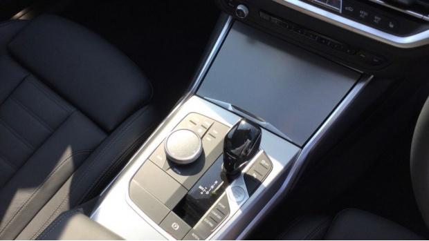 2021 BMW 320d M Sport Saloon (White) - Image: 10
