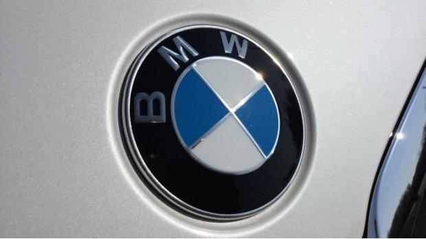 2021 BMW 320d M Sport Saloon (White) - Image: 21