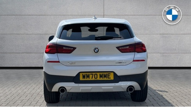 2021 BMW SDrive20i Sport (White) - Image: 15