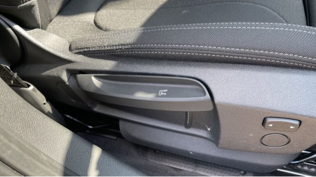 2021 BMW SDrive20i Sport (White) - Image: 26