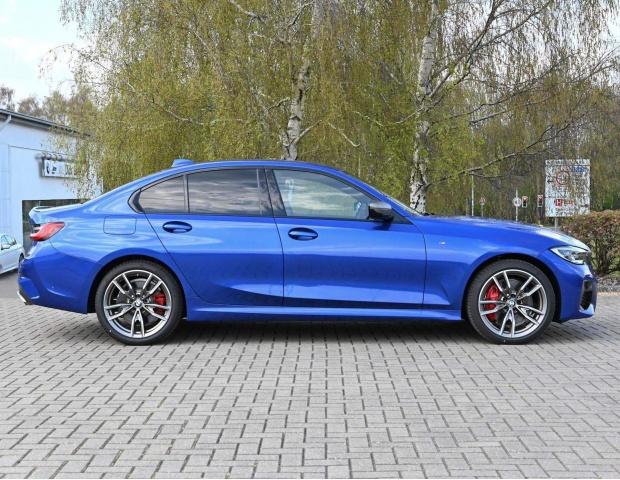 2021 BMW M340i MHT Auto xDrive 4-door  - Image: 3