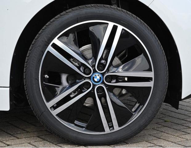 2021 BMW 42.2kWh Auto 5-door (White) - Image: 3