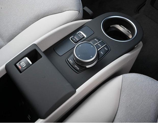 2021 BMW 42.2kWh Auto 5-door (White) - Image: 12