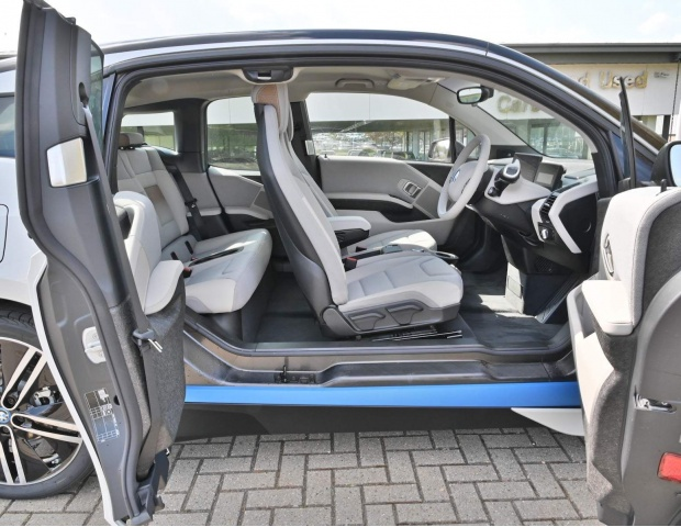 2021 BMW 42.2kWh Auto 5-door (White) - Image: 27