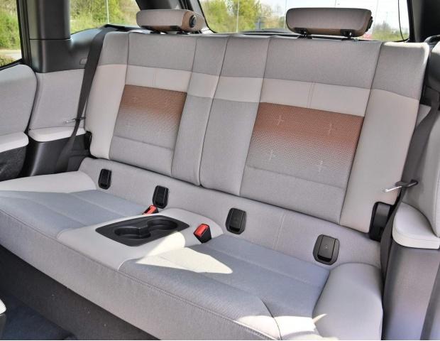2021 BMW 42.2kWh Auto 5-door (White) - Image: 32