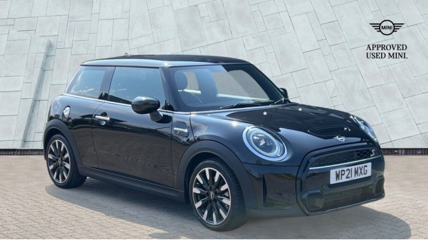 2021 MINI 3-door Cooper S Exclusive (Black) - Image: 1