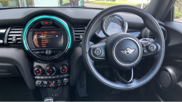 2018 MINI Cooper S 3-door Hatch (Blue) - Image: 5