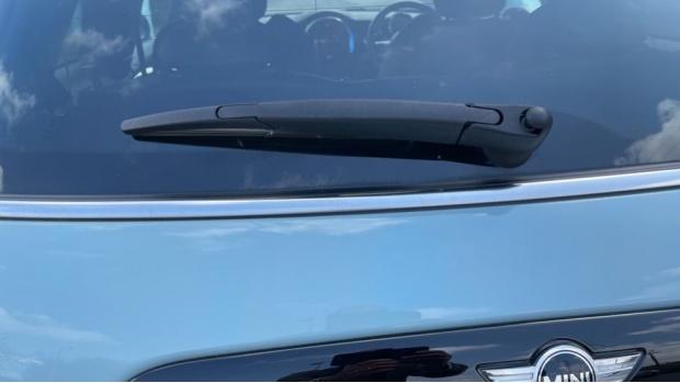 2018 MINI Cooper S 3-door Hatch (Blue) - Image: 39