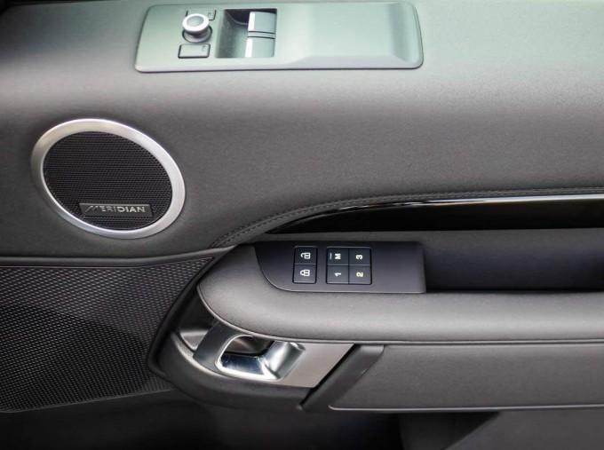 2021 Land Rover D300 MHEV SE Auto 4WD EU6 5-door (Grey) - Image: 14