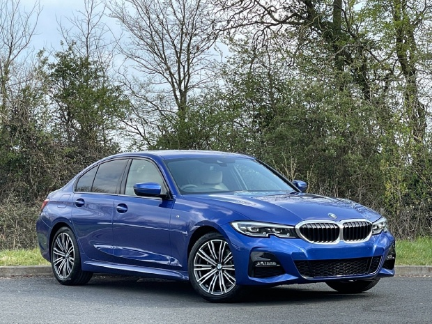 2021 BMW 320i M Sport Auto xDrive 4-door (Blue) - Image: 1