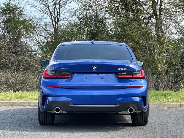 2021 BMW 320i M Sport Auto xDrive 4-door (Blue) - Image: 16