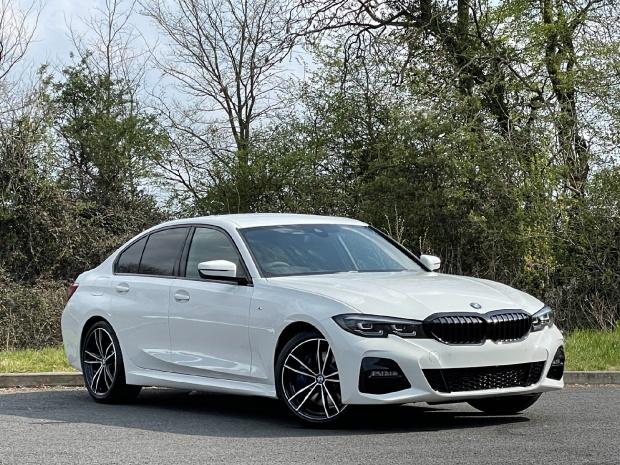 2021 BMW 320i M Sport Auto 4-door (White) - Image: 1
