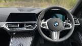 2021 BMW 320i M Sport Auto 4-door (White) - Image: 4