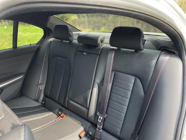 2021 BMW 320i M Sport Auto 4-door (White) - Image: 12