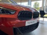 2021 BMW 18i M Sport DCT sDrive 5-door (Orange) - Image: 2
