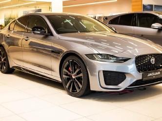 2021 Jaguar XE MHEV R-Dynamic Black Auto 4-door