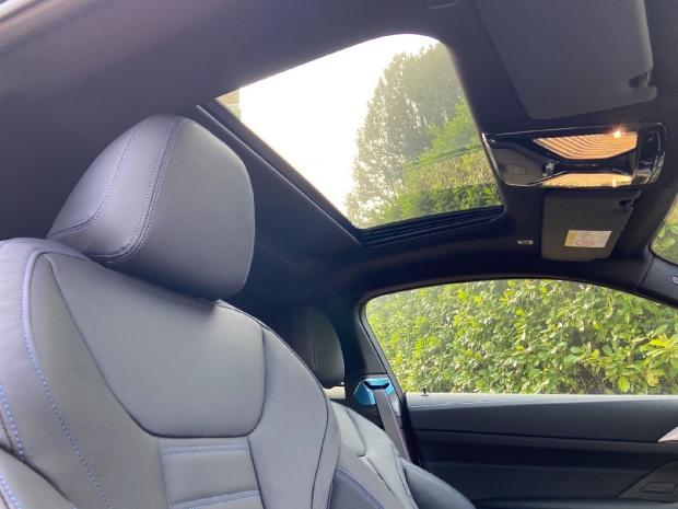 2021 BMW 420d MHT M Sport Auto xDrive 2-door (White) - Image: 11