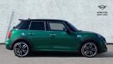 2020 MINI 5-door Cooper S Sport (Green) - Image: 3