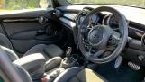 2020 MINI 5-door Cooper S Sport (Green) - Image: 6