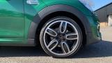2020 MINI 5-door Cooper S Sport (Green) - Image: 14