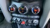2020 MINI 5-door Cooper S Sport (Green) - Image: 24