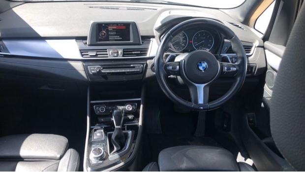 2017 BMW 218d M Sport Gran Tourer (Blue) - Image: 4