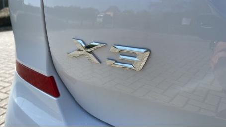 2021 BMW XDrive20d M Sport (White) - Image: 38