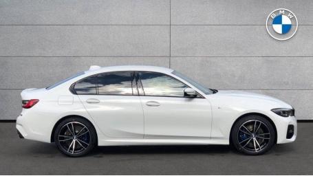 2021 BMW 330e M Sport Saloon (White) - Image: 3