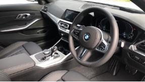 2021 BMW 330e M Sport Saloon (White) - Image: 6