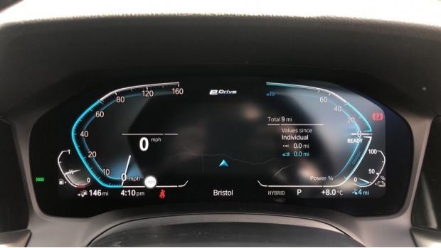 2021 BMW 330e M Sport Saloon (White) - Image: 9