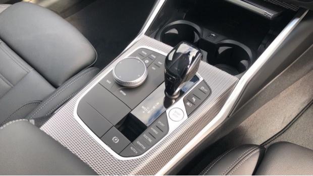 2021 BMW 330e M Sport Saloon (White) - Image: 10