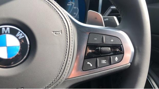 2021 BMW 330e M Sport Saloon (White) - Image: 18