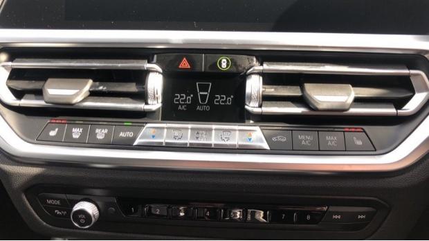2021 BMW 330e M Sport Saloon (White) - Image: 23