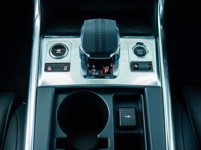 2021 Jaguar MHEV R-Dynamic SE Sportbrake Auto 5-door (Black) - Image: 14