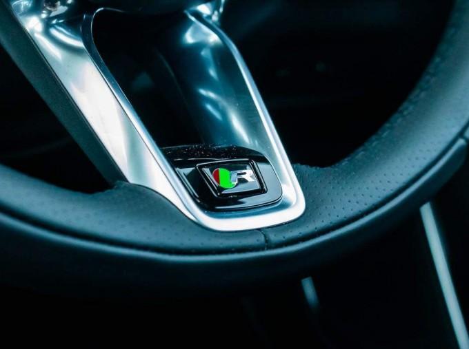 2021 Jaguar MHEV R-Dynamic SE Sportbrake Auto 5-door (Black) - Image: 17